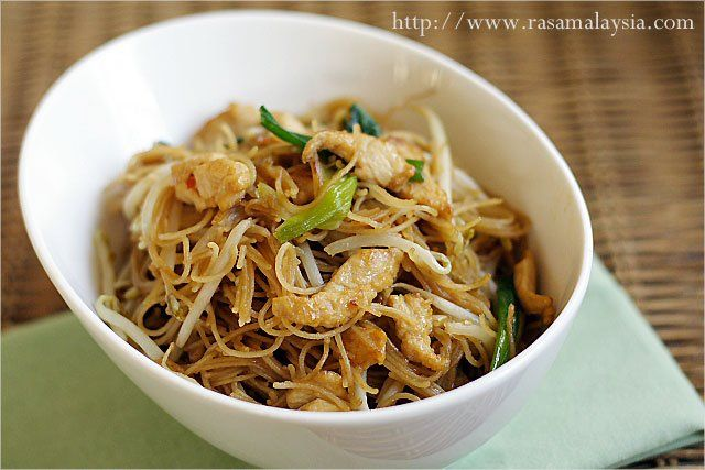 Fried+Rice+Vermicelli/Rice+Sticks/Rice+Noodles+Recipe+(炒米粉)  ( Sub Sauteed Tofu for Chicken)