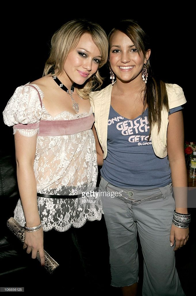 Hilary Duff and Jamie Lynn Spears during Nickelodeon's 18th Annual Kids Choice Awards