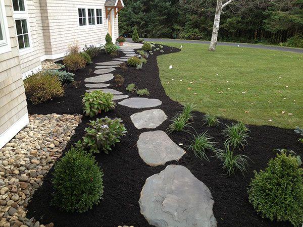 Regardez ces idées magnifiques pour décorer votre jardin avec du paillis noir! Je le veux, le numéro 5, dans mon jardin! - Page 3 sur 9 - DIY Idees Creatives