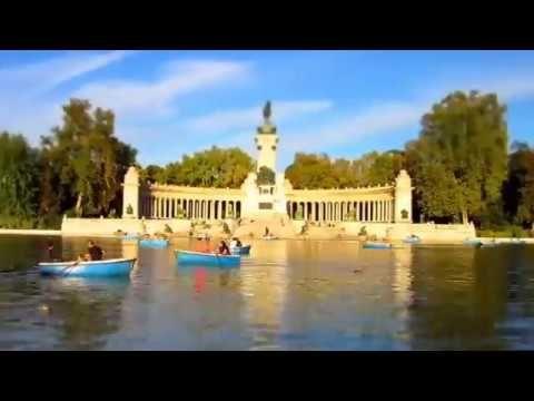 ARTISTAS CALLEJEROS EN BUEN RETIRO MADRID Gyöngyi Geea vídeo creator