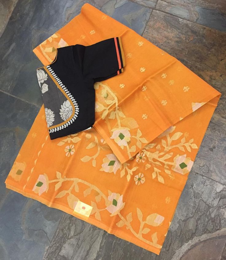 Mustard yellow  muslin saree with jamdhani weave (throughout the body and pallu) matched with a cotton blouse. Sold separately. Drop by the store or email us at service.taamara@gmail.com for online enquiries/orders.