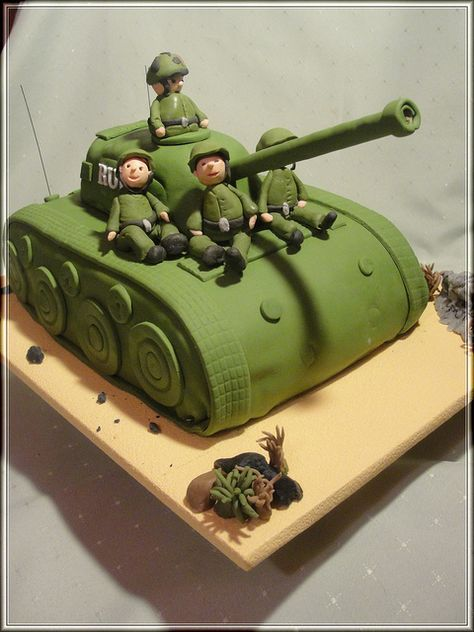 25 best ideas about army tank cake on pinterest for Army cake decoration