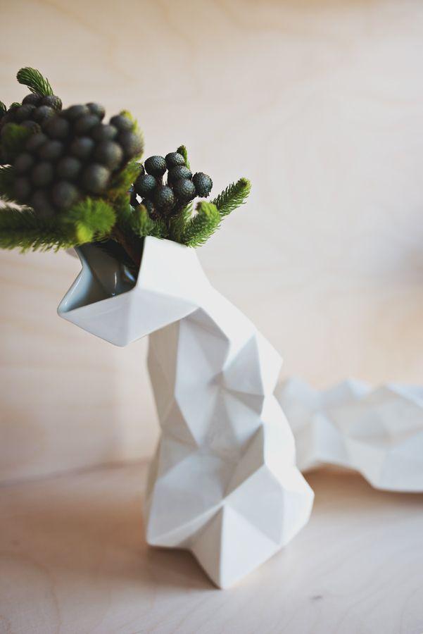 Wazon geometryczny Projekt / designed  by: Natalia Gruszecka / Ende  Zdjęcie / photo: Kamila Gołębiewska / viabirdie.com