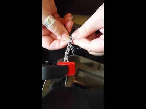 Instruktions film på tennarmband - YouTube