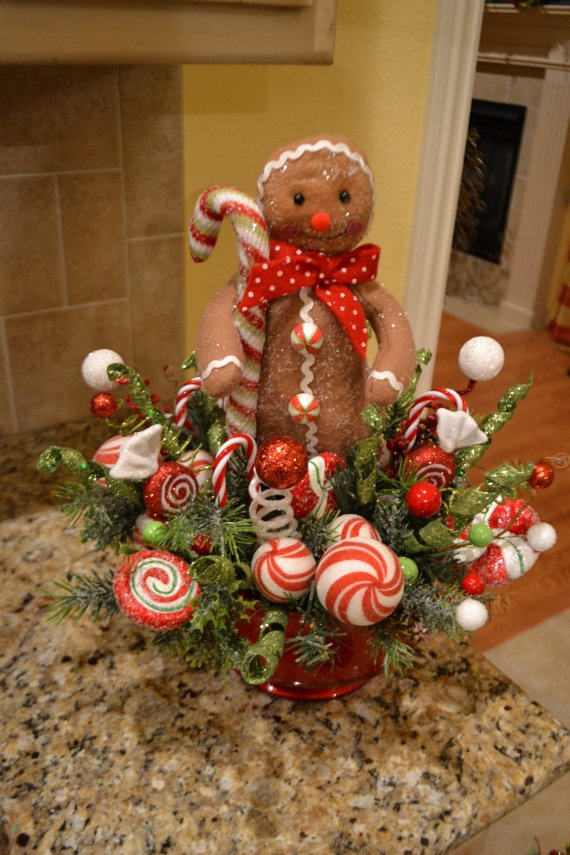 Gingerbread Man Arrangementnvia Etsy.