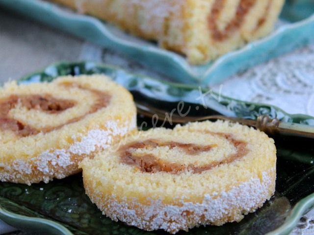 Elmalı ve tarçınlı yumuşacık bir lezzet.... Elmalı Rulo Pasta...
