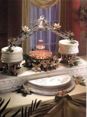 Huge Wedding Cakes | Wedding Cakes with Fountain - Best of Cake