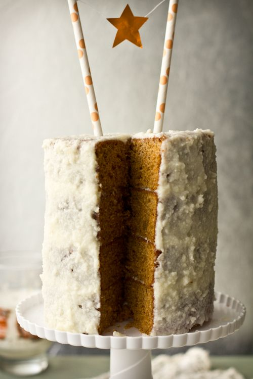 Thai Tea Cake with Creamed Coconut Frosting: Thai iced tea in cake