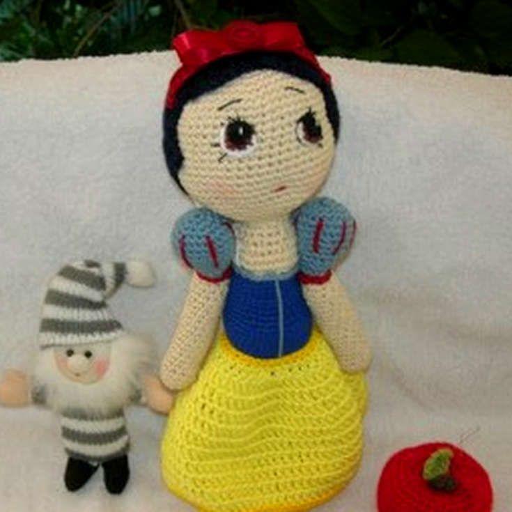 Amigurumi Disney Tutorial : Grab this Super Cute FREE Snow White Amigurumi Crochet ...