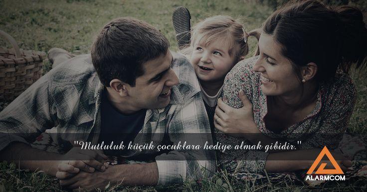 ''Mutluluk küçük çocuklara hediye almak gibidir.'' #DünyaMutlulukGünü #dünya #mutluluk #world #happiness #day