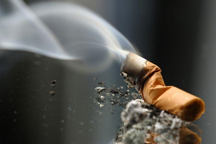 Estudios revelan que el tabaco y la pobreza están íntimamente relacionados. Según cifras de la Organización Mundial de la Salud (#OMS), el 84% de fumadores vive en países pobres.