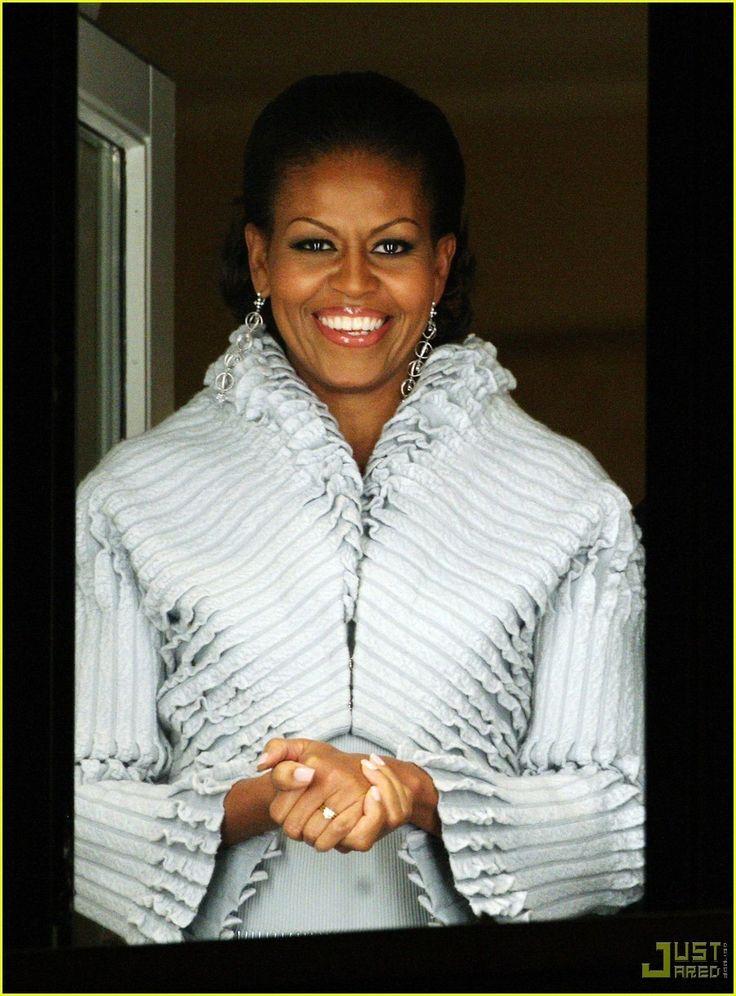 Michelle Obama is Nobel Prize Perfect - michelle-obama Photo