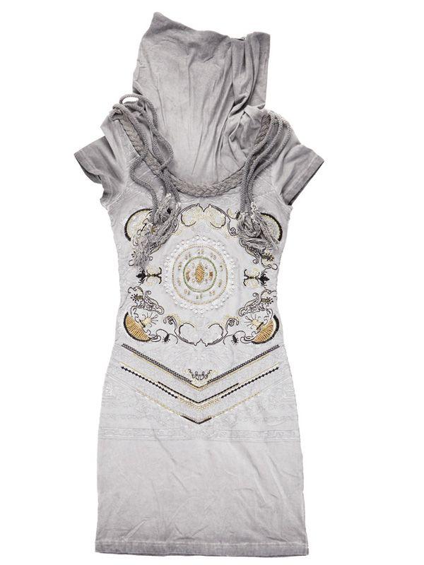 What is your style? Get these detailed products! Signet dress: www.cladu.fi Ihanat mekot ja housut! Käsintehtyjä koristeita ja ihania yksityiskohtia.