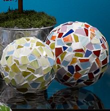 Glass Mosaic Spheres DIY.  These might look like the ones we saw in Ann Arbor at the art festival if made with mirrors.