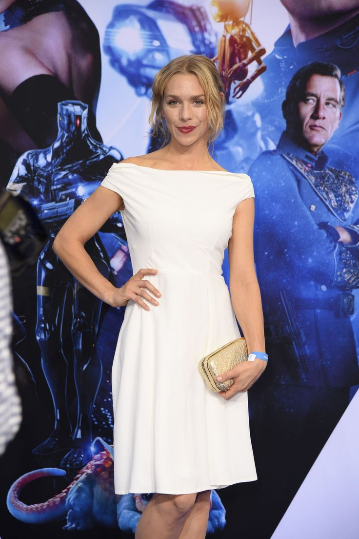 """#Berlin, #Premiere Julia Dietze – """"Valerian and the City of a Thousand Planets"""" Premiere in Berlin 07/19/2017 