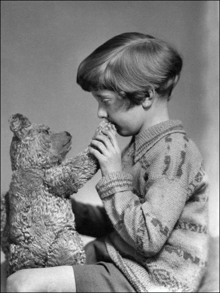 Настоящие Винни Пух и Кристофер Робин, 1927