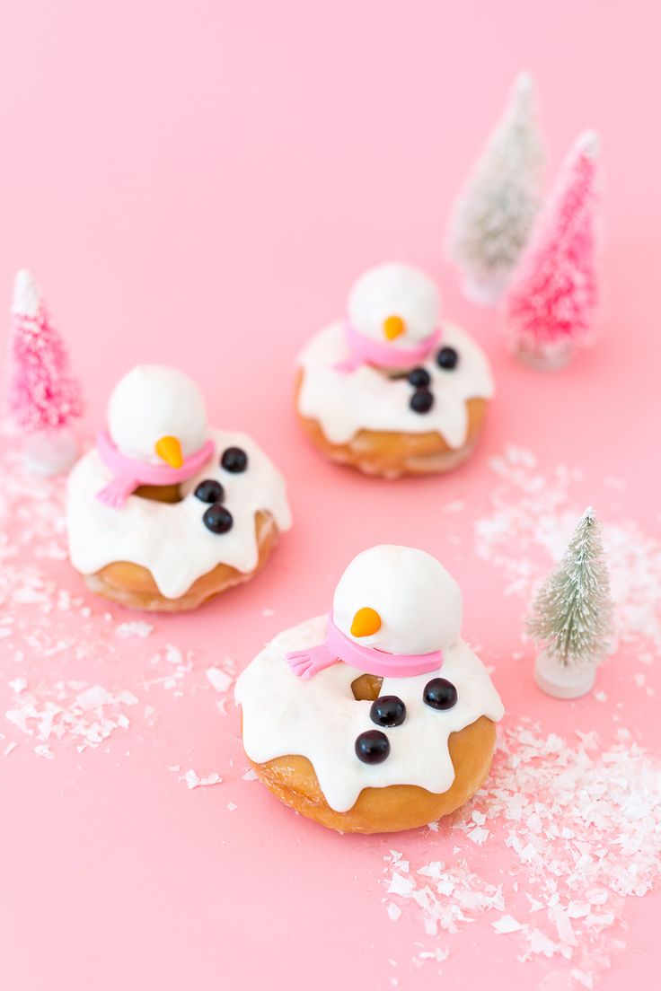 » Melted Snowmen Holiday Donuts