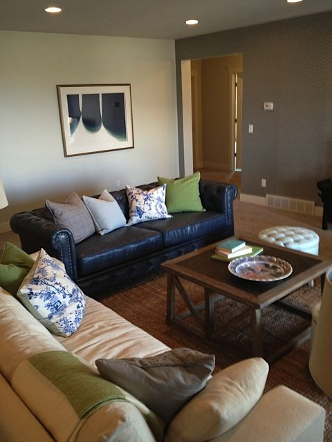 Mismatched sofas navy leather chesterfield  LIVE Living