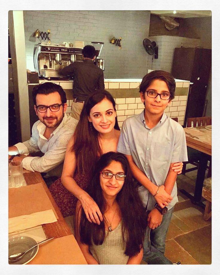 Love you  @_giamukherjee and Armaan. #GrowingUpTooSoon #Neice #Nephew  #Throwback