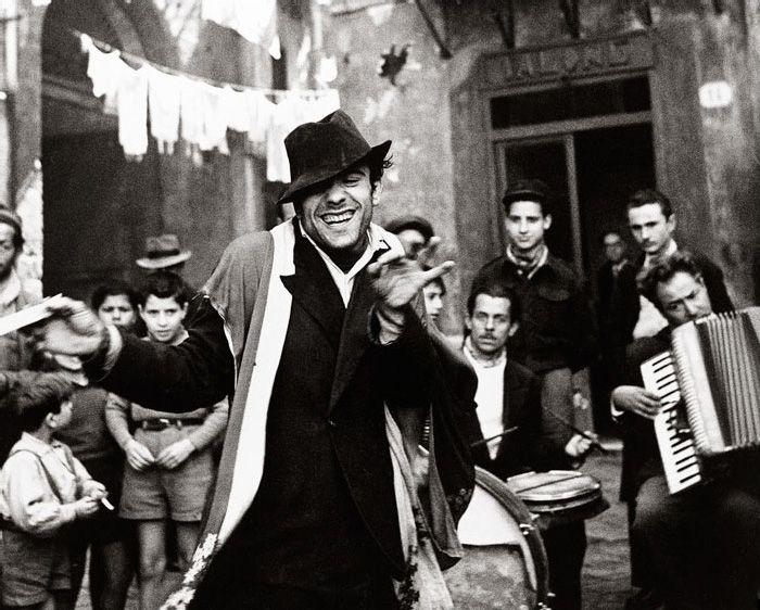 """I love this photo! """"Italy #8, Sicily, 1947.""""  Avedon"""
