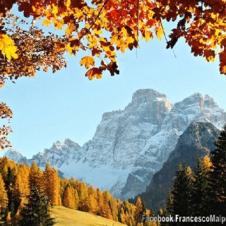 Il Pelmo e l'autunno Belluno Dolomiti Veneto Italia by Francesco Malpensi