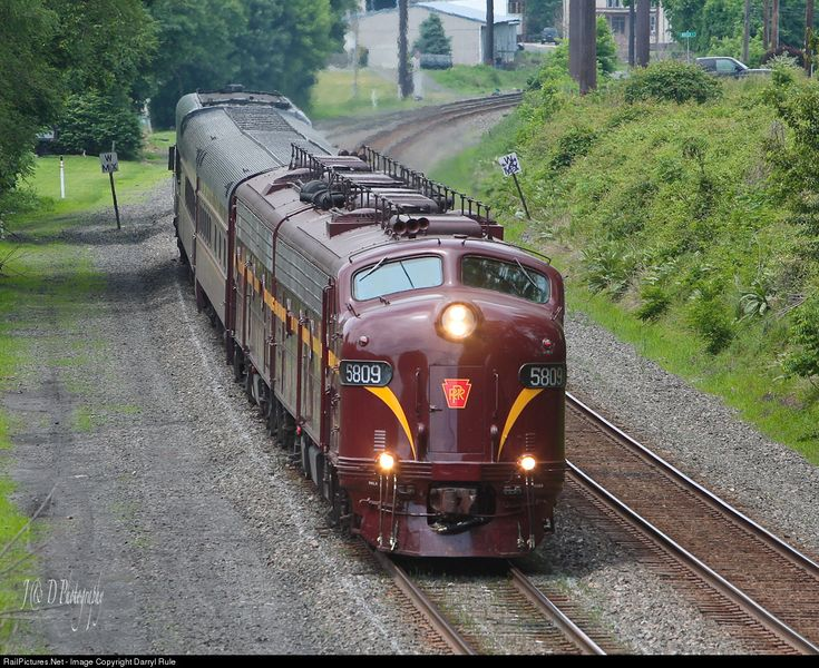 RailPictures.Net Photo: JTCX 5809 Juniata Terminal (JTCX) EMD E8(A) at Hummelstown, Pennsylvania by Darryl Rule