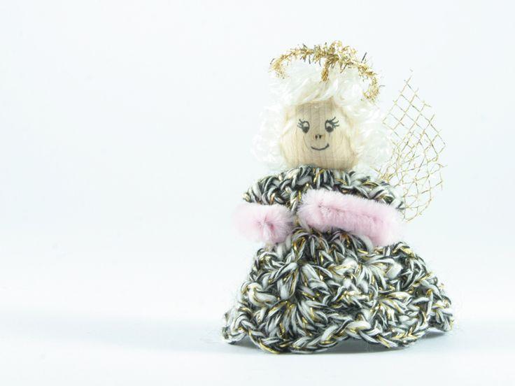 angelo bianco nero oro di Un Cesto di Gomitoli su DaWanda.com