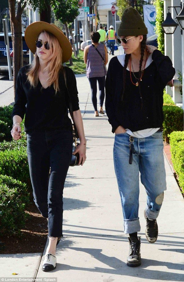 Walk it out! Amber Heard looked care-free as she walked with ex-girlfriend Tasya van Ree i...