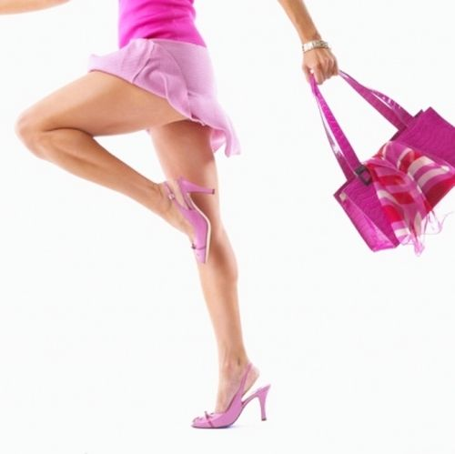 Wear flip-flops are more dangerous than high heels?, During this time, high heels are often referred to be the cause of pain and foot problems in women. However it turns out, flip-flops also provide a hazard, according to new research.