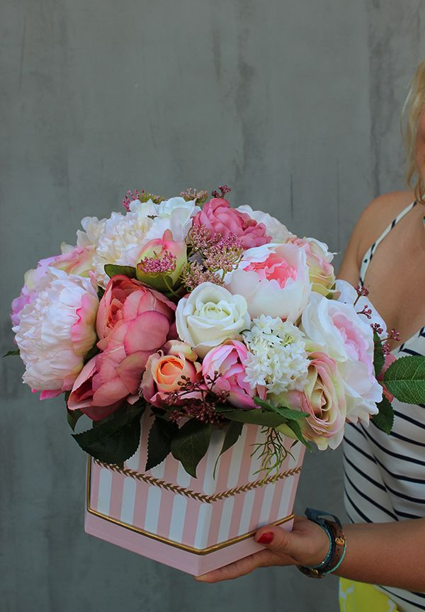Flower Box Pelen Sztucznych Kwiatow Pracownia Tendom Pl Flower Arrangements Silk Flowers Flower Crafts
