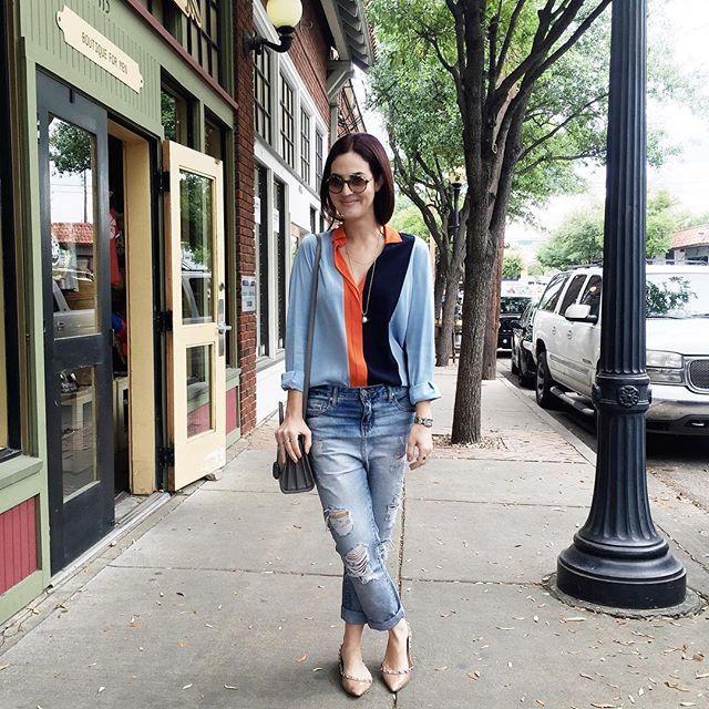 Today's outfit for #rsthecon ✌️ to muito dedicada nos looks nessa trip de Dallas, acho que fiquei inspirada pela conferência do @rewardstyle ✨ {créditos na tela }