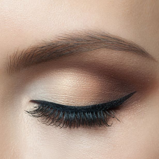Sometimes a brown smokey eye is the perfect way to warm up your winter make up. Get this sultry look with our Ultimate Nude Pressed Eyeshadow Palette: www.nudebynature.com.au