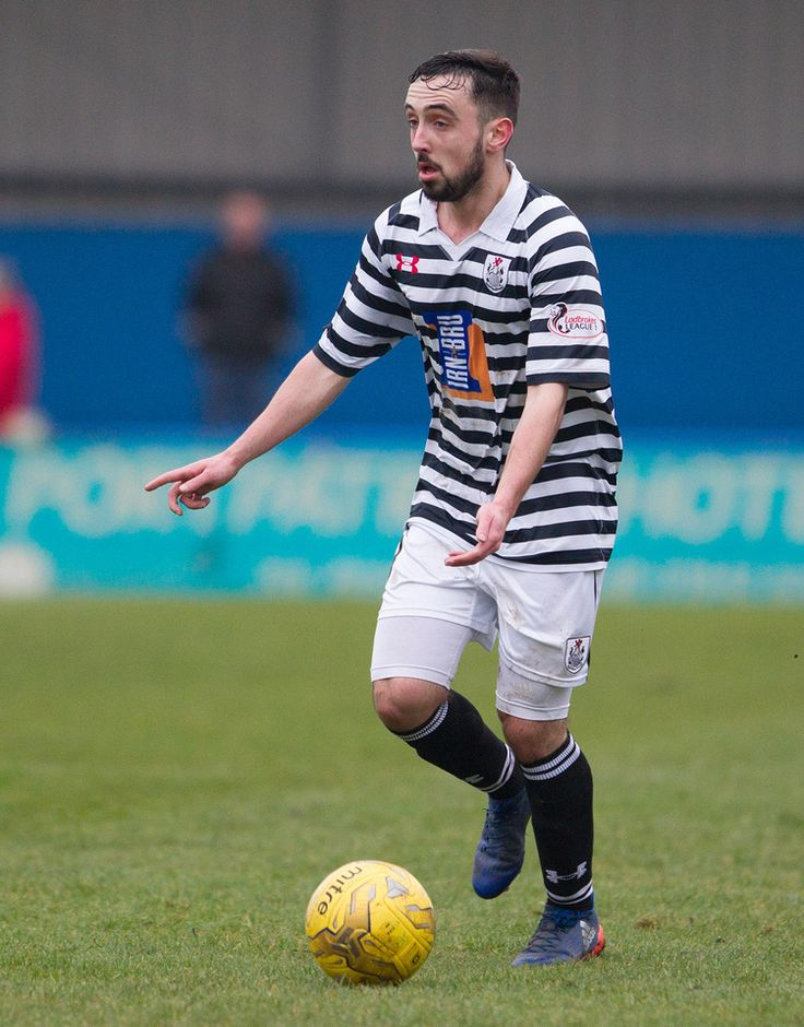Queen's Park's Anton Brady in action during the Ladbrokes League One game between Stranraer and Queen's Park. P