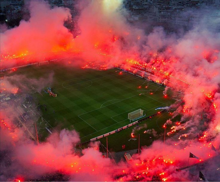Craziest pyroshow ever seen Paok-Greece #soccer #football