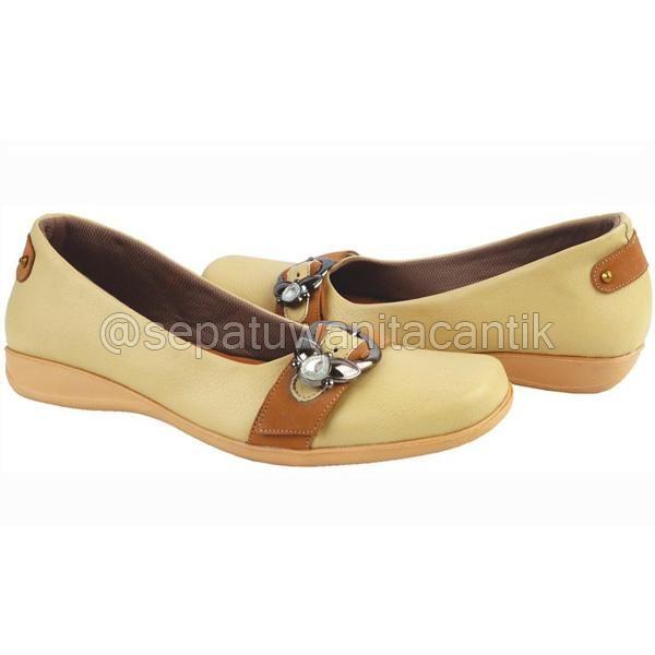 Sepatu Flat Shoes Wanita Cantik/Sepatu Kerja Wanita Giardino Cream Terbaru Murah Branded GRNS183