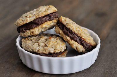 Sweet crunchy chocolate treats | Desserts | Pinterest