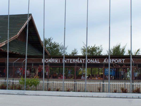 * Bonriki International Airport * Aeroporto Internacional das Ilhas Kiribati. Tarawa, Kiribati.