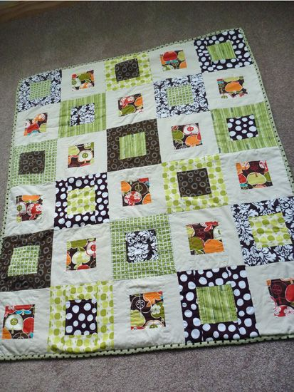 Modern Baby Quilt  Pattern but not with the Minky.  See how it lays?