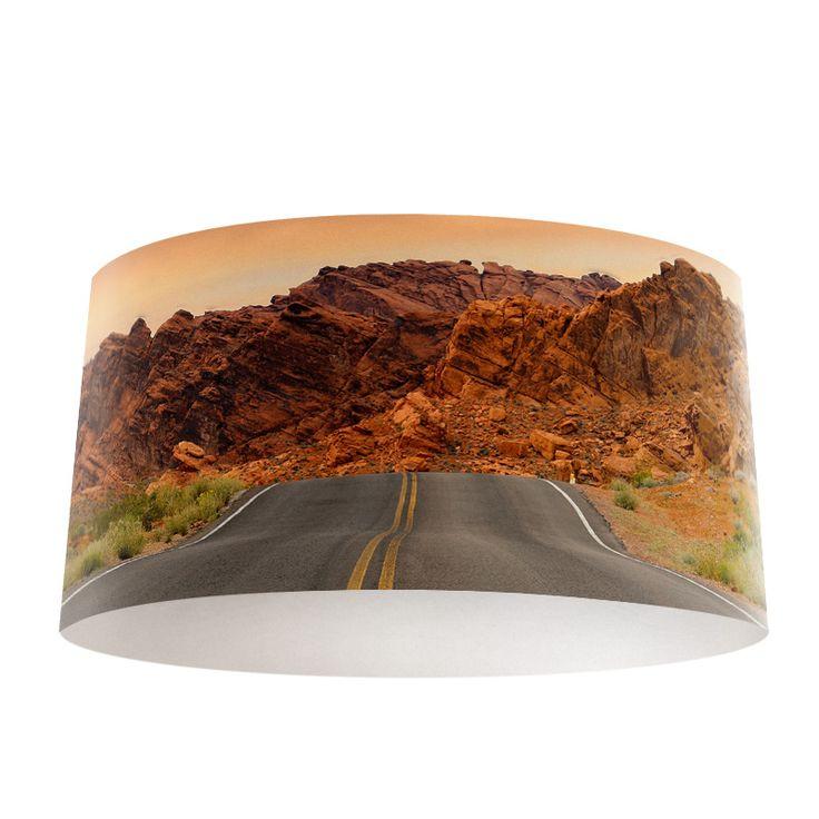 Lampenkap US highway | Bestel lampenkappen voorzien van digitale print op hoogwaardige kunststof vandaag nog bij YouPri. Verkrijgbaar in verschillende maten en geschikt voor diverse ruimtes. Te bestellen met een eigen afbeelding of een print uit onze collectie.  #lampenkap #lampenkappen #lamp #interieur #interieurdesign #woonruimte #slaapkamer #maken #pimpen #diy #modern #bekleden #design #foto #amerika #usa #verenigdestaten #route66 #snelweg #natuur #bergen #us