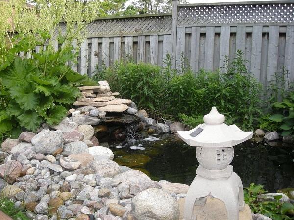 34 best koi pond images on pinterest japanese gardens for Japanese style pond