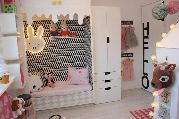 """LINDA - DIY + KIDS ROOMS on Instagram: """"Godmorgon på er! Men alltså så fort tiden går det är ju helt galet! Snart går vi in i julveckan! Hur ligger ni till i planeringen? Good morning! I can't believe it's almost Christmas! #barnrum #lekrum #kidsroom #playroom #barnerom #diy #barnrumsinspo #kidsinterior #kidsdeco #kidsperation #finabarnsaker #färgglatt #colourkick #kidsdeco #hmhome #familylivingfint #styleroom #mittbarnerom #ikea #miffy #boråstapeter #lillatussilago"""""""