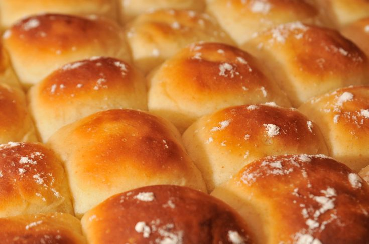 Recipe: Homemade Buttery Dinner Rolls Recipese Breads, Dinner Rolls ...