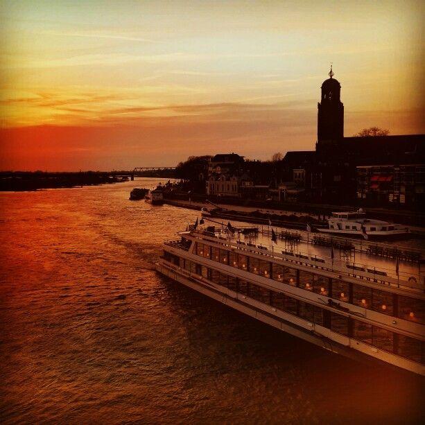 Deventer 15 April zonsondergang - Fotograaf Moric van der Meer