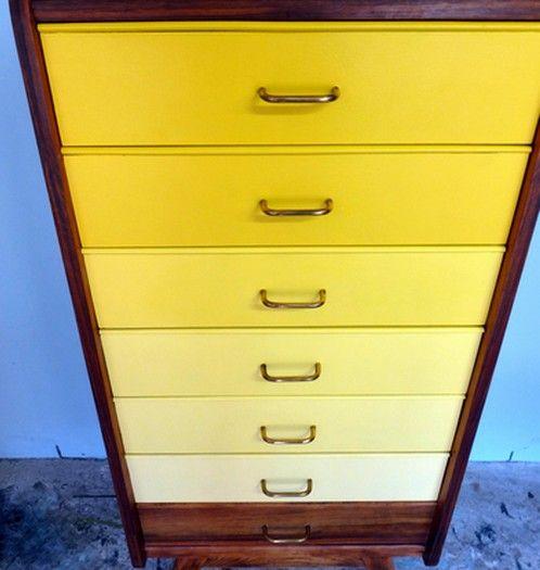 Semainier vintage Margaux en dégradé de jaune - Meubles et mobilier vintage restauré, relooké   Design Rétro chic