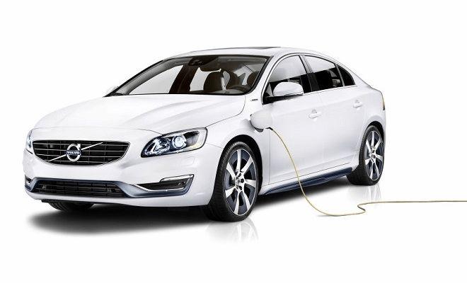 Al Beijing International Motor Show Volvo ha presentato il concept S60L PPHEV, berlina ibrida per il mercato cinese