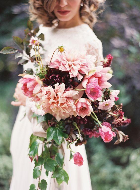dreamiest pink wedding bouquet via Kayla Barker / http://www.himisspuff.com/fall-wedding-bouquets-for-autumn-brides/4/