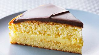 Bake With Anna Olson - Anna Olson's Boston Cream Pie