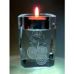The Crystal T Light  / Votive engraved with this specially commissioned design to encompass the beauty and history of Ireland, The Celtic Rose is also available engraved on other items. Please browse out selection for further choices. €11.50