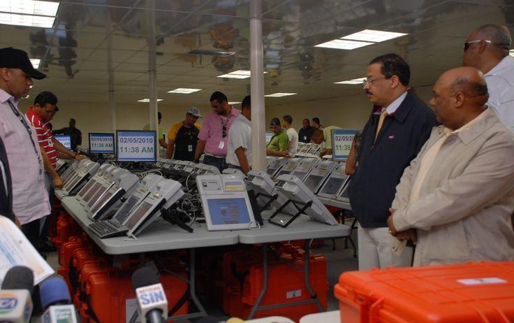Empresas harán demostración JCE equipos para elecciones. DETALLES: http://www.audienciaelectronica.net/2015/07/13/empresas-haran-demostracion-jce-equipos-para-elecciones/