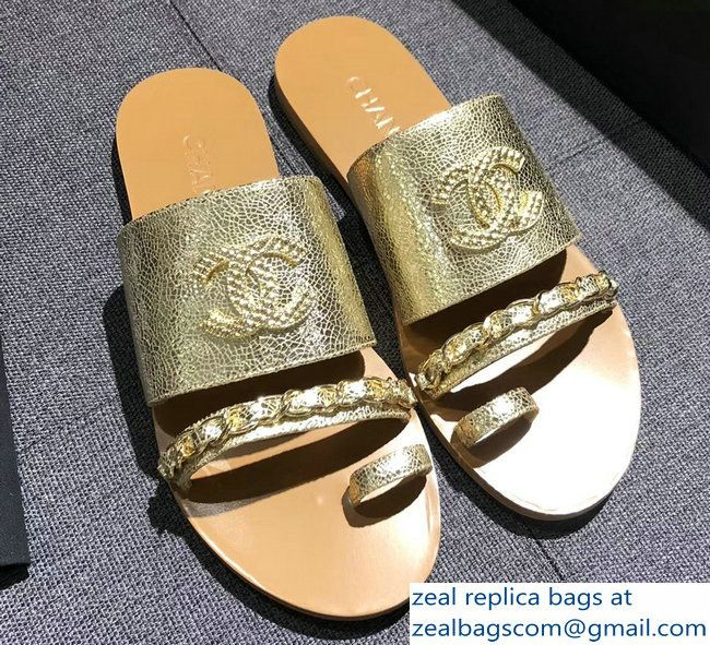 22de710ccfbd Chanel CC Logo Chain Lame Mules Slipper Sandals G33643 Gold 2018 2803114795